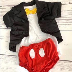 EUC Mickey Mouse Baby Outfit/Costume. Size 24 mos.